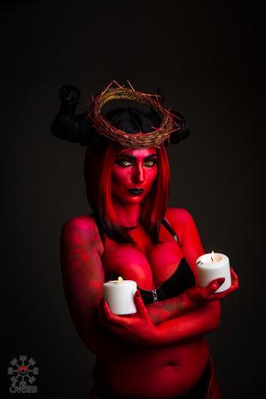 Devil Body paint Portland Photographer Sveinn Kjartansson